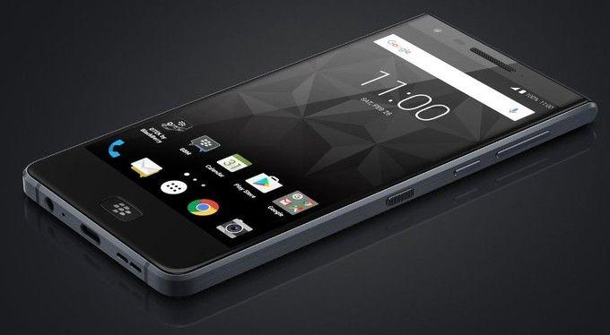 Появился рендер телефона BlackBerry Motion
