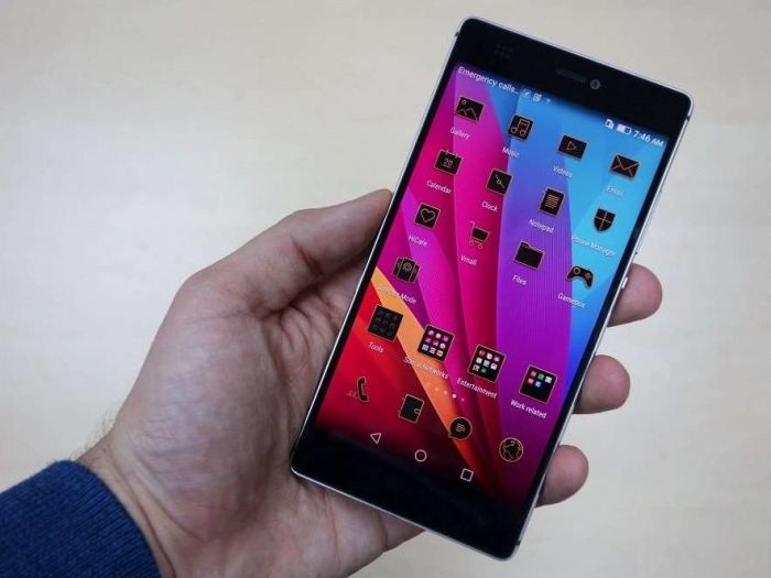 Huawei-P8-predstavlen-1