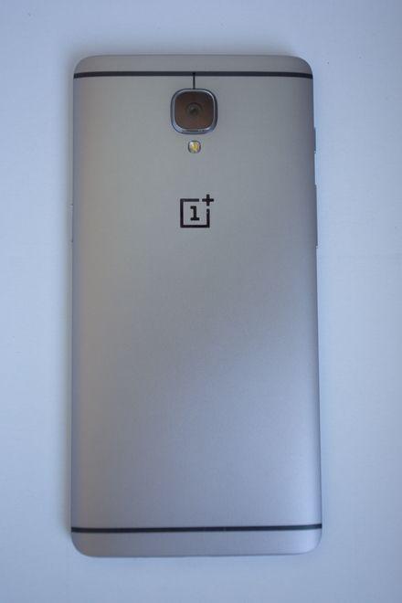 OnePlus 3 rear
