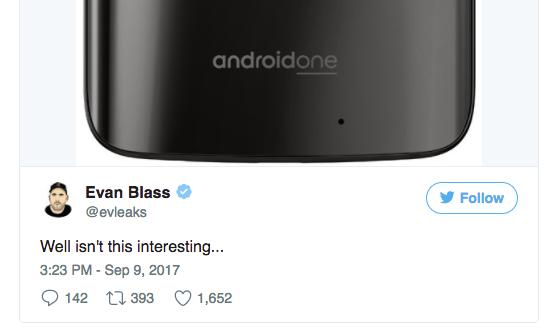 Смартфон Motorola сдвойной камерой набазе андроид  One засветился нарендере