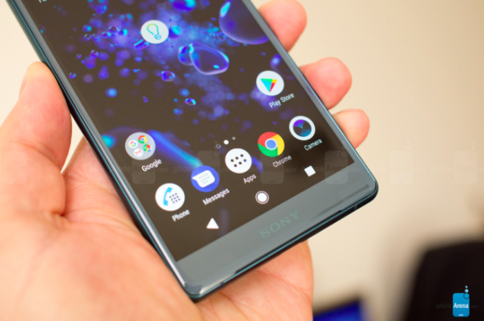 Сони представила свои первые безрамочные мобильные телефоны всерии Xperia XZ2