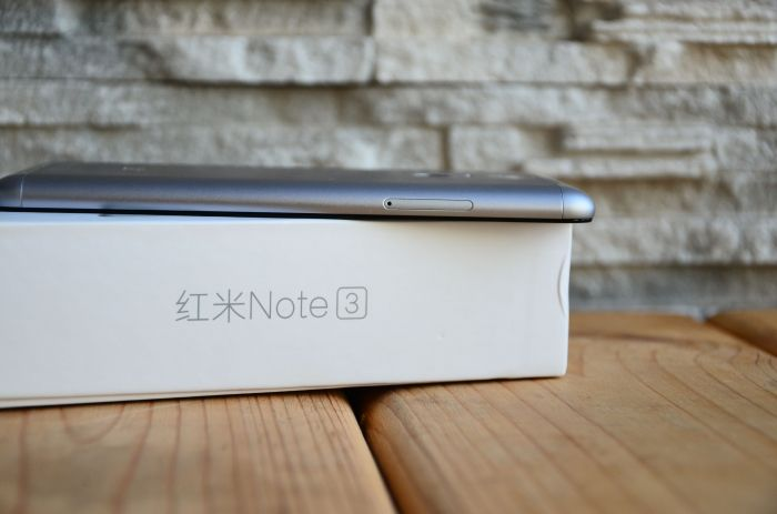 Xiaomi Redmi Note 3 obzor slota dlya sim1
