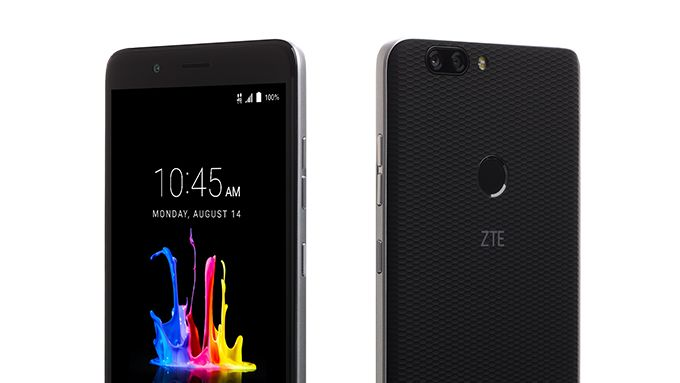 ZTE анонсировала бюджетный смартфон сдвойной камерой Blade ZMax