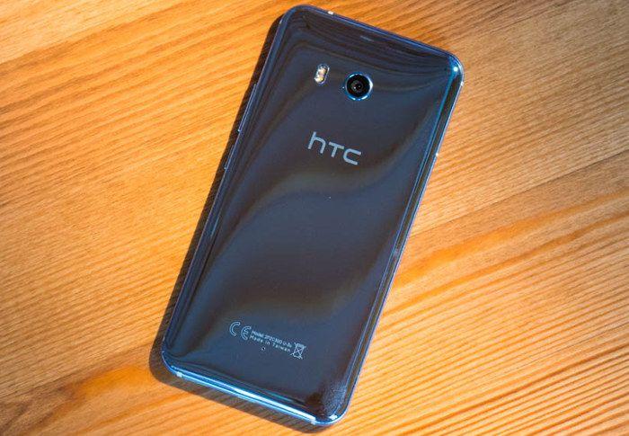 Дизайн Android-смартфона HTC U11