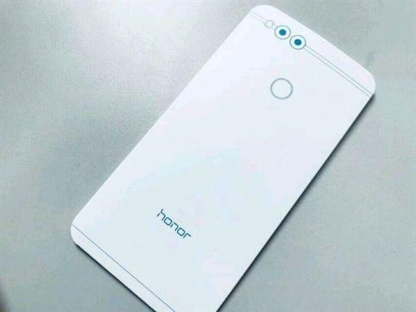 Huawei представила Honor 7X официально