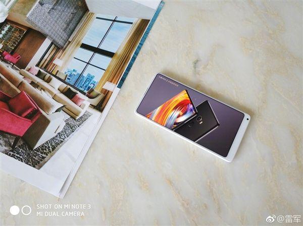 Компания Xiaomi бьет рекорды попродажам— 10 млн телефонов за30 дней