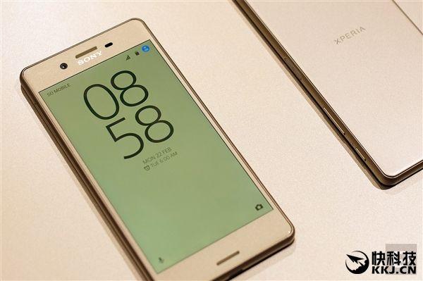 Sony Xperia X Premium станет первым смартфоном с HDR-дисплеем