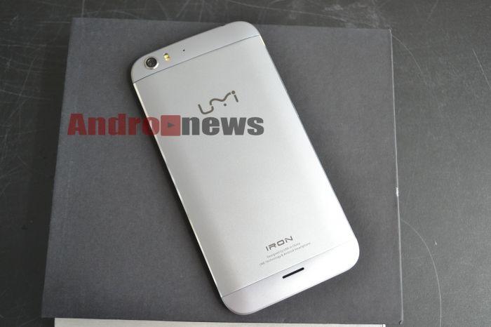 umi_iron_obzor_komplekt_postavki_smartfon