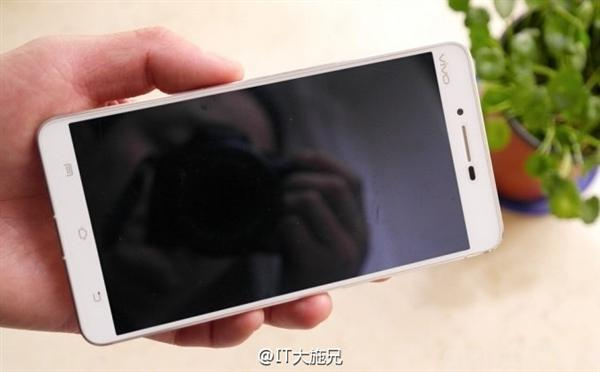 vivo-xplay-5s-andro-news-3