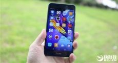 Huawei Honor V9 Play дебютировал