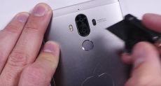 Huawei Mate 9 не так просто согнуть