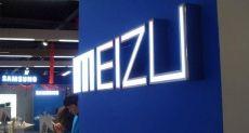 Безрамочные смартфоны от суббренда Meizu показали на рендерах