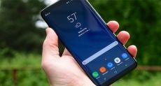 Апдейт не решил проблему красноватого оттенка дисплеев Samsung Galaxy S8