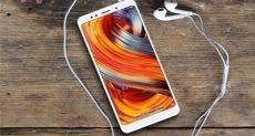 Xiaomi Redmi Note 5 появился на «живой» фотографии
