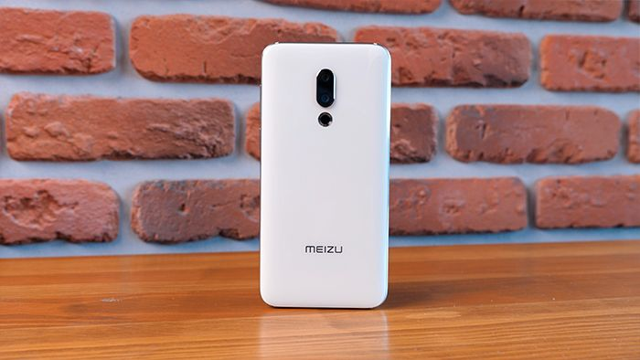 Обзор Meizu 16th – фото 1