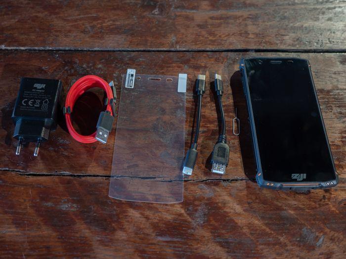 Обзор Homtom Zoji Z9. Как изменились защищенные смартфоны от китайцев – фото 2