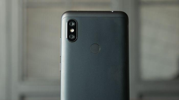 Обзор Xiaomi Redmi Note 6 Pro - те же бараны, только с челкой – фото 2