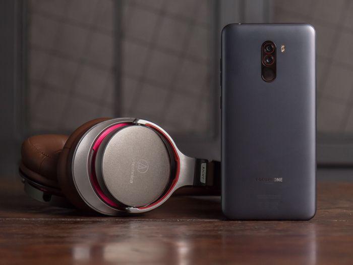 Обзор Xiaomi Pocophone F1 - лучший смартфон за свои деньги – фото 11