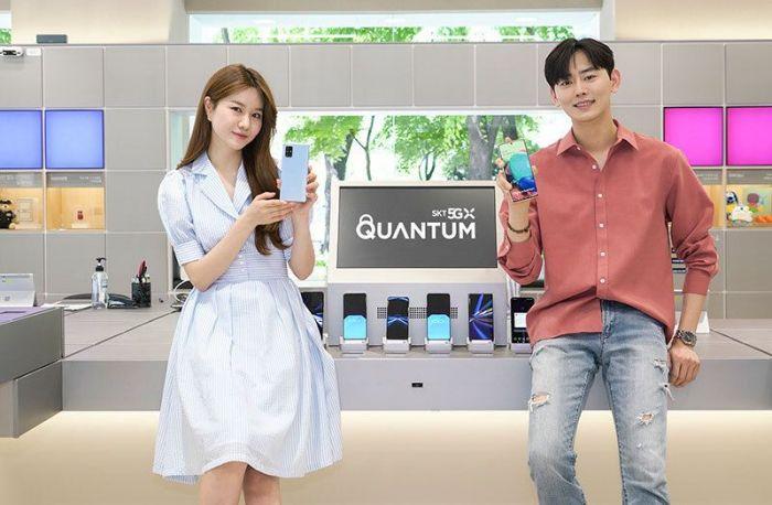 Samsung выпустила квантовый смартфон Galaxy A Quantum – фото 2