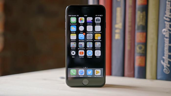 Что выбрать - iPhone 7 или Xiaomi Mi 9?