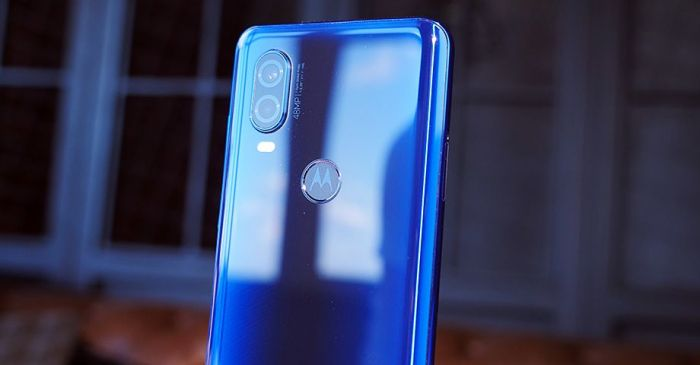 хорошие углы обзора камеры Motorola One Vision