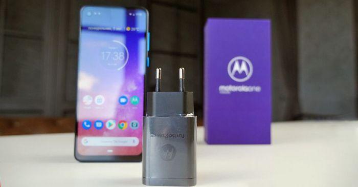 работа аккумулятора Motorola One Vision