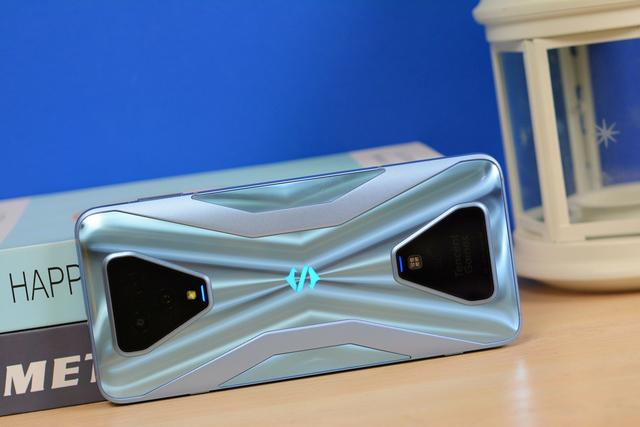 Дебют Xiaomi Black Shark 3S: странное обновление игрового смартфона – фото 7