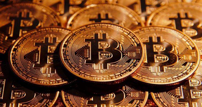 Основатель Bitcoin.com продал все свои биткоины. Конец близок? – фото 2