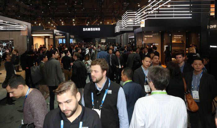 Складной Samsung Galaxy X существует и есть те, кто уже познакомился с ним – фото 3