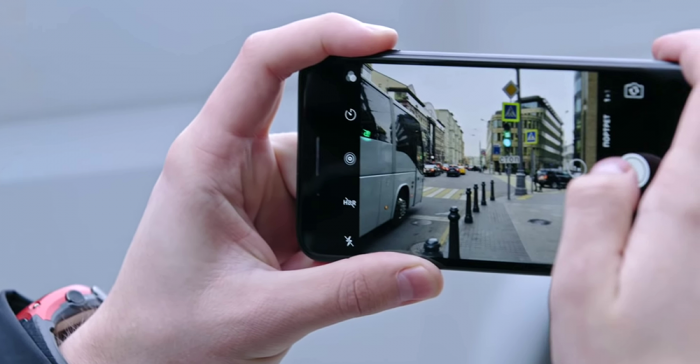 сравнение фотосьемки iPhone 7 и Xiaomi Mi 9