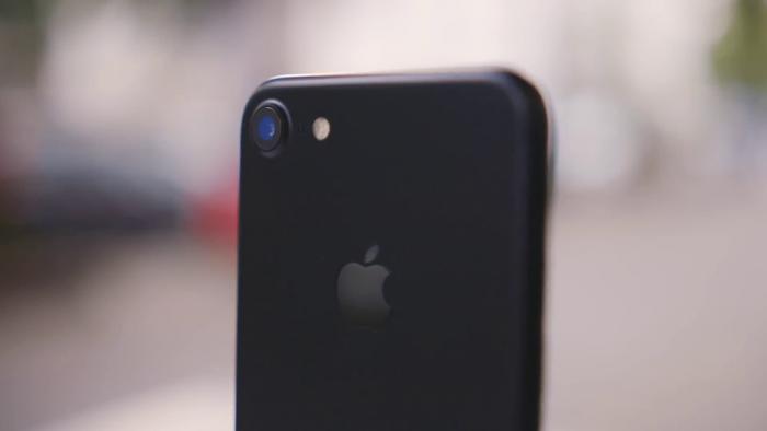 снимок на фронтальную камеру с iPhone 7