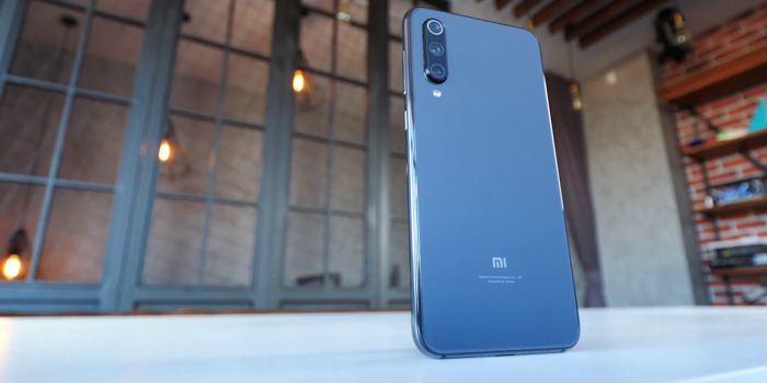 Samsung Galaxy A50 или Xiaomi Mi 9 SE: какой смартфон купить? – фото 14