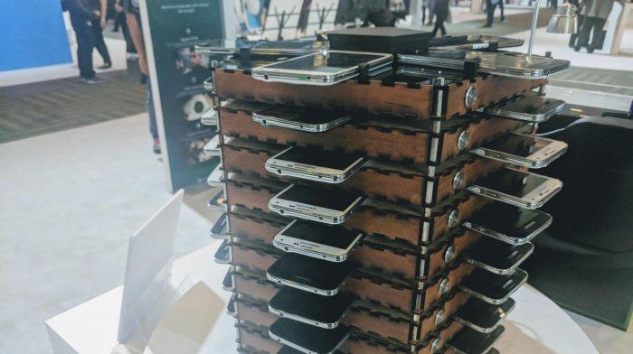 Samsung создала установку из Galaxy S5 для майнинга криптовалюты – фото 1