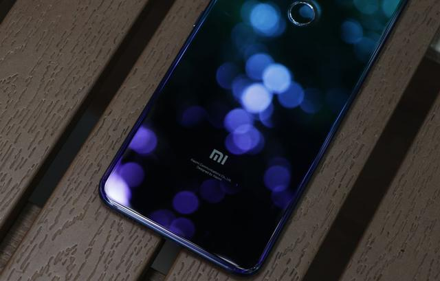 Анонс Xiaomi Mi 8 Lite: лайт-версия флагмана Xiaomi Mi 8 в градиентной расцветке – фото 10