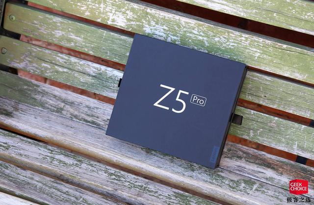 Представлен Lenovo Z5 Pro: слайдер с двумя двойными камерами и Snapdragon 710 – фото 2