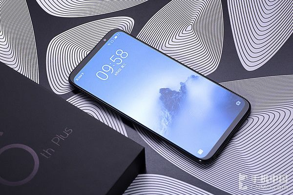 Meizu 16th уже в дефиците. Компания увеличивает сроки доставки смартфона – фото 4