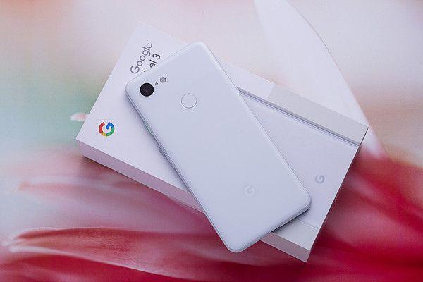 Эскиз Google Pixel 4 XL: дизайн в духе Samsung Galaxy S10+ – фото 2