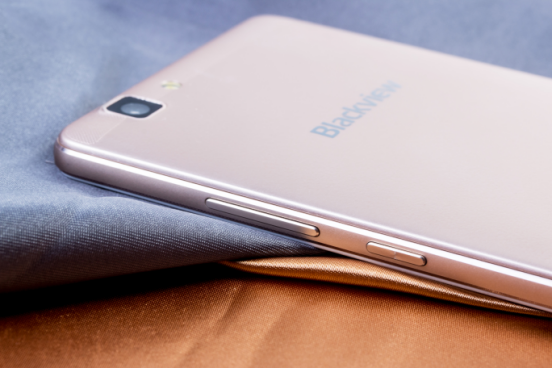 Blackview A8 Max получил 5,5-дюймовый дисплей, МТ6737, 2+16 Гб памяти и аккумулятор на 3000 мАч – фото 4