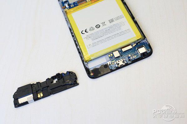 Meizu M5 подвергся вскрытию – фото 12