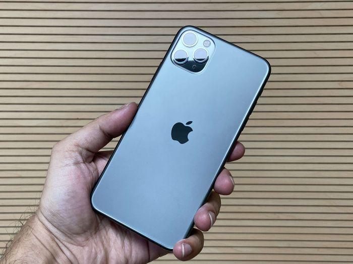 Apple предоставил возможность бесплатно заменить фирменные зарядные чехлы для нескольких моделей iPhone – фото 1
