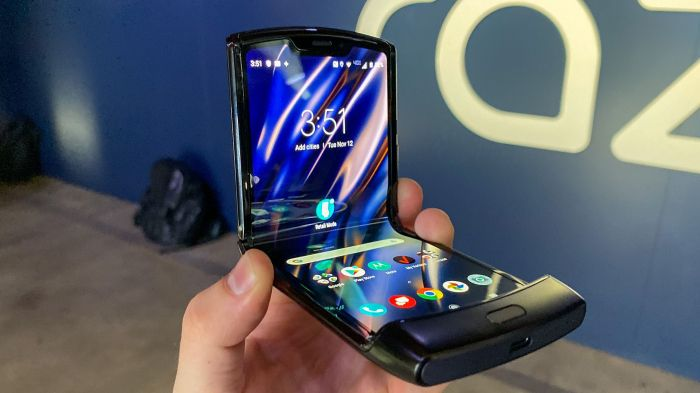 Motorola планирует обновить железо на своем складном смартфоне – razr 2019 – фото 1