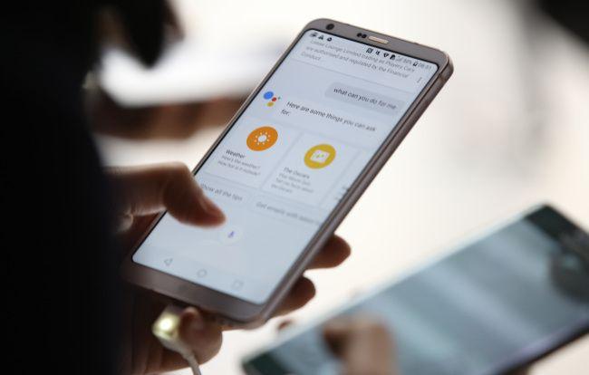 Что мешает LG G7 получить OLED панель? – фото 1