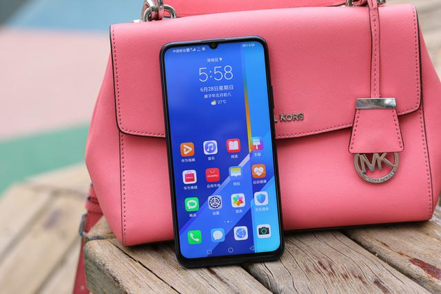 Анонс Honor X10 Max: большой брат c NFC – фото 5