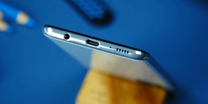 Обзор Samsung Galaxy A51 – апгрейд забыли положить… – фото 2