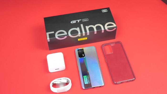 Realme GT Neo комплект