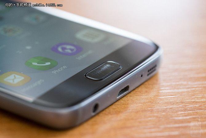 Пользователи Samsung Galaxy S7 жалуются на быстрое появление царапин на кнопке «Домой» – фото 1