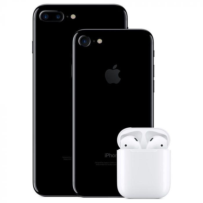 Слух: AirPods будут входить в официальный комплект iPhone 12 – фото 2