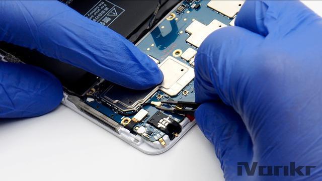 Xiaomi Mi Max 2 разобрали на части – фото 6