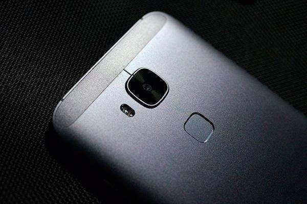 Huawei готовит смартфон на базе Snapdragon 835 – фото 1