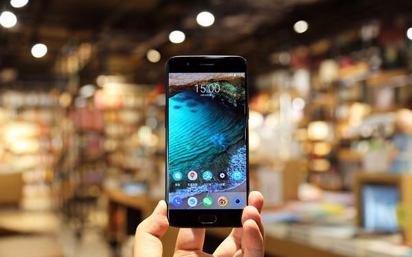 OnePlus 5T: безрамочное совершенство с той же начинкой – фото 2
